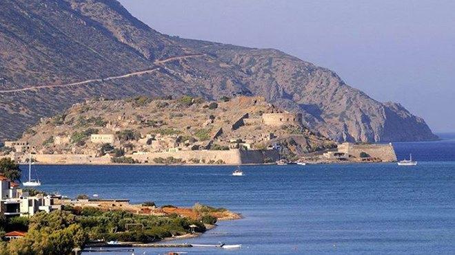 Spinalonga Island Crete Blog Art Of Holidays
